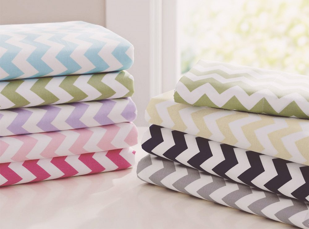 Mom's Guide 2018: Finding the Best Crib Sheets For Comfy & Safe Sleep