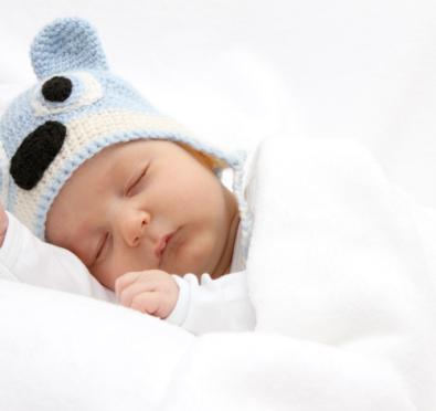 baby with heat rash sleeping